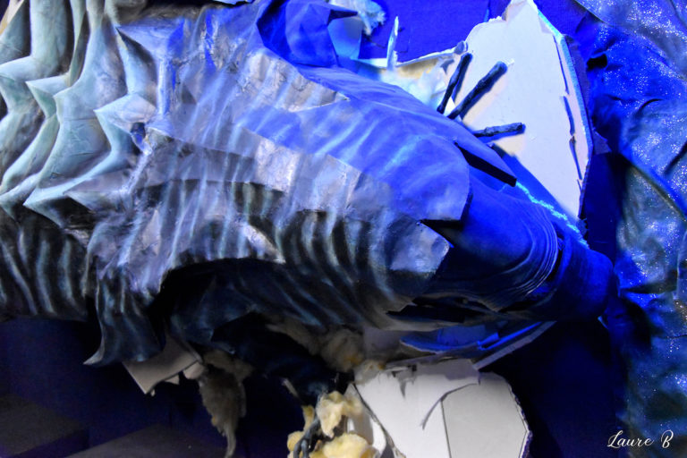 domaine Anubis Alien tête bleue zoom